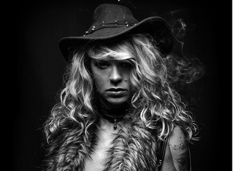 CLARE'S NEW SINGLE ''WHISKEY TALKS'' OUT NOW!!!
