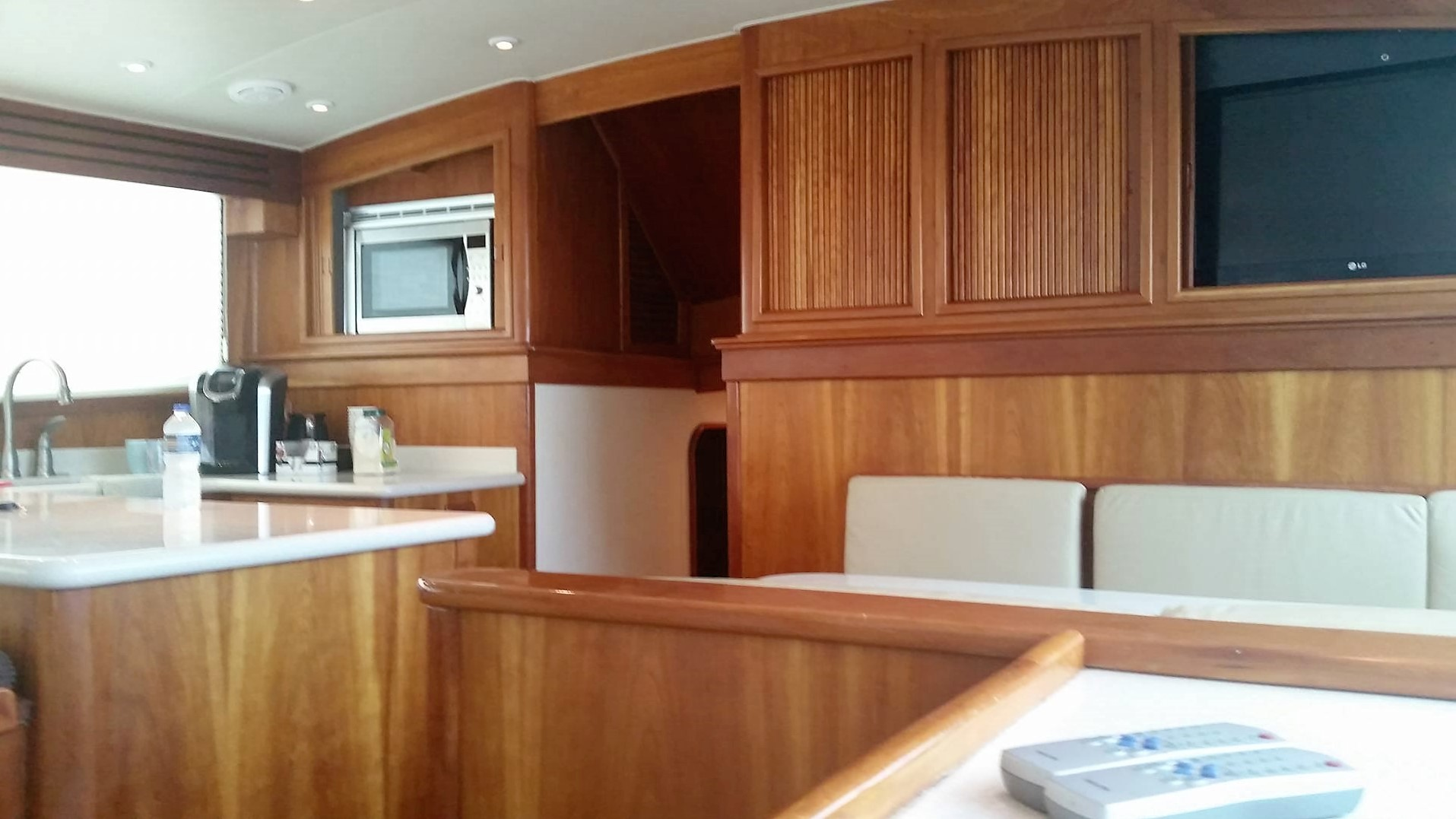kitchen in fishbone boat