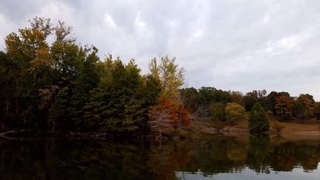 Raccoon Lake in the fall