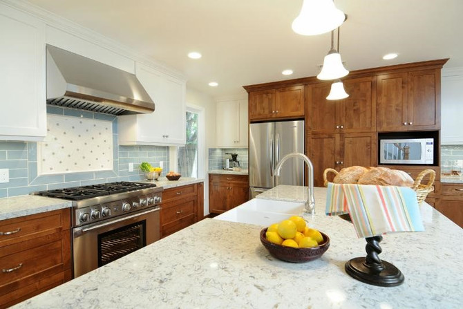 GRANITE OR QUARTZ? DEPENDS ON THE KITCHEN