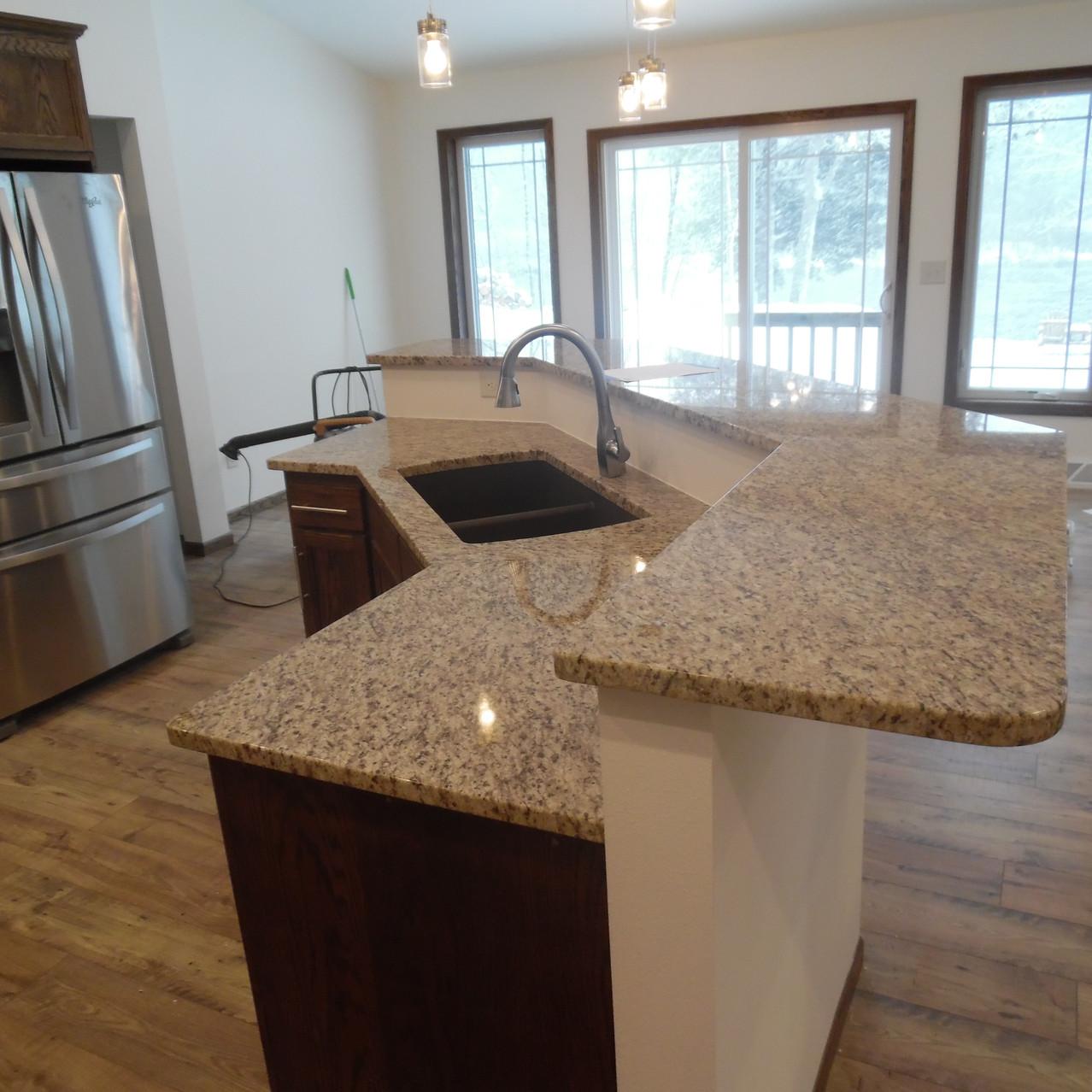 Granite kitchen Giallo Ornamental Me