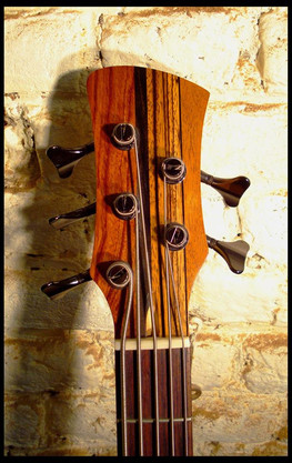 Stripe bass headstock