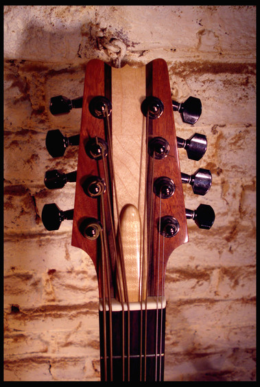 Mandocello headstock