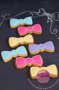 bow cookies