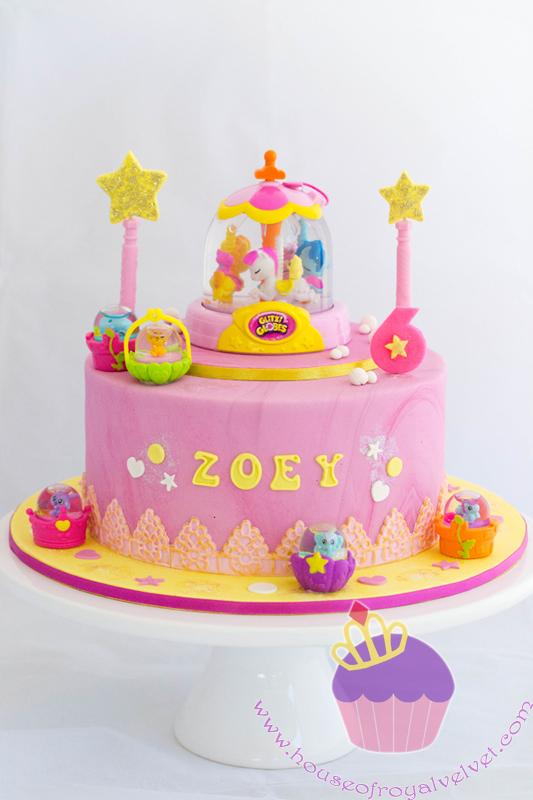 glitzi globes cake