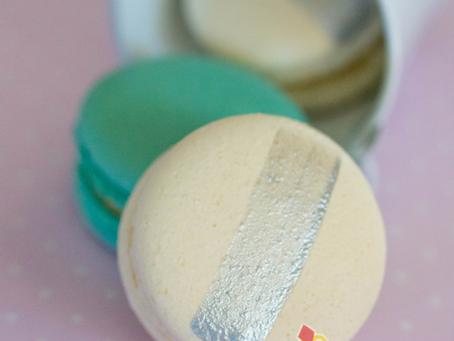 Tiffani Blue & White Macarons