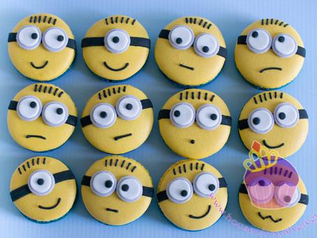 Minion Macarons for Axel