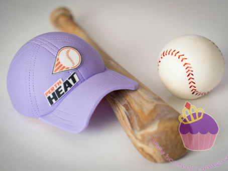 Perth Heat baseball, baseball bat,hat,swimming girl & shoes toppers