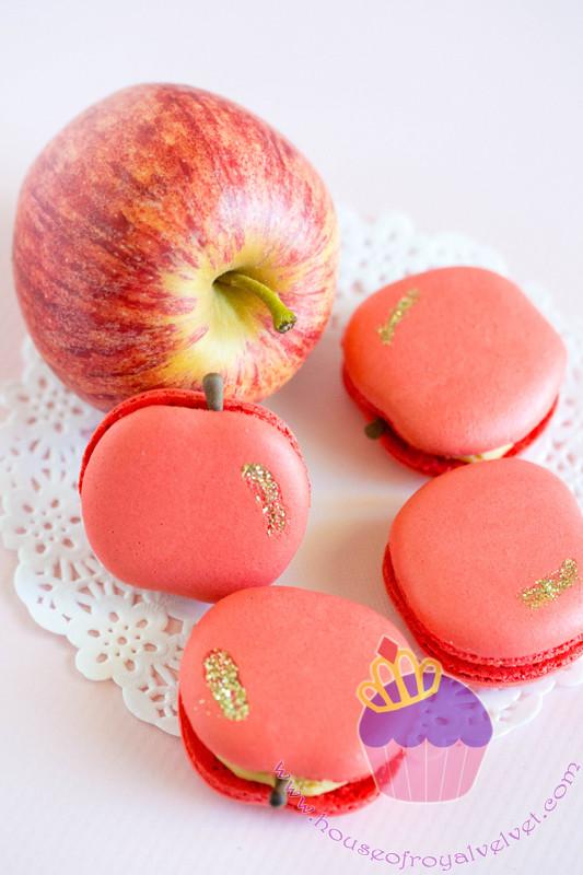 apple macarons