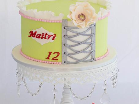 Corset & Ruffled Lace & Flower Cake for Maitri