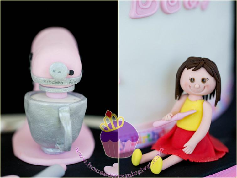 baking themed cake