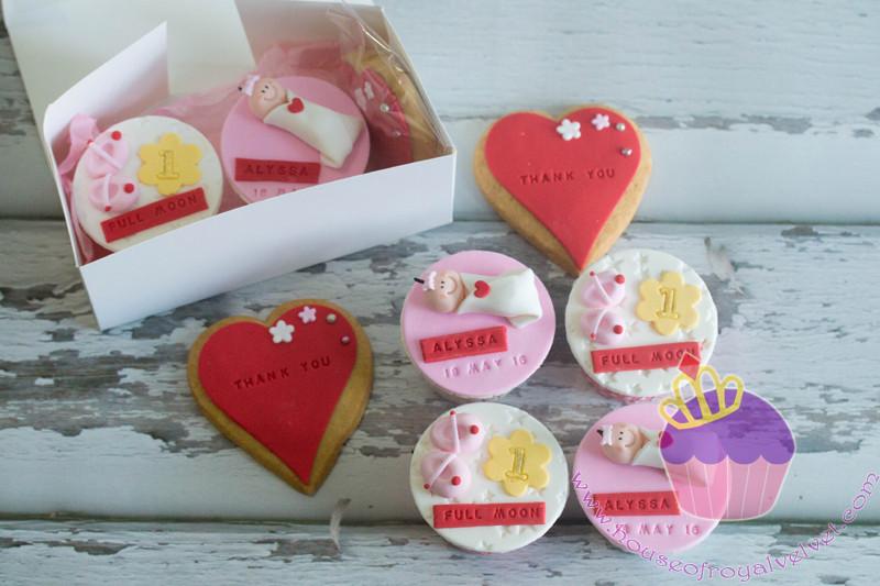 full moon cupcakes