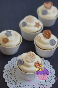 buttons cupcake