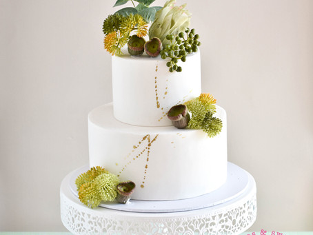 Cake with Native Plants