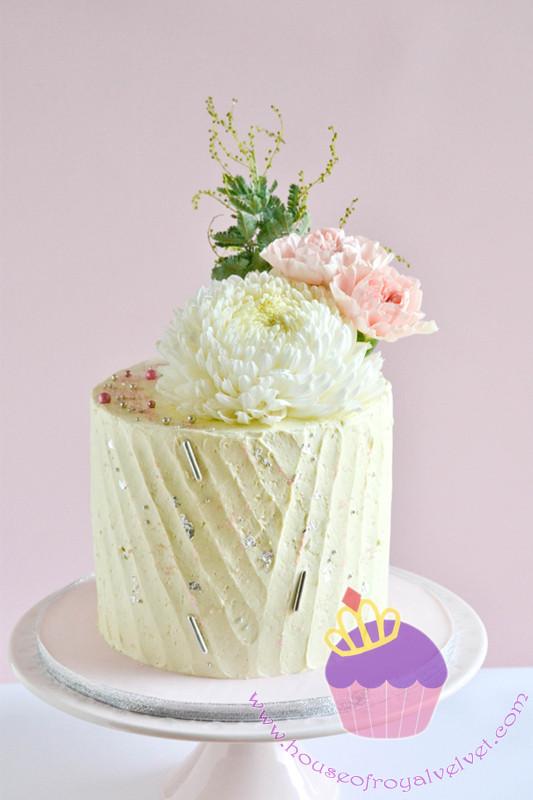 pleat cake