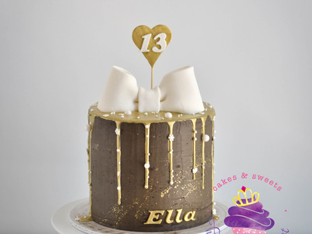 Brown & Gold Cake