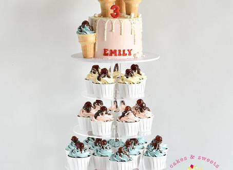 Ice Cream Cake & Cupcakes