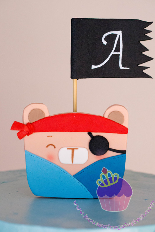 pirate teddy cake