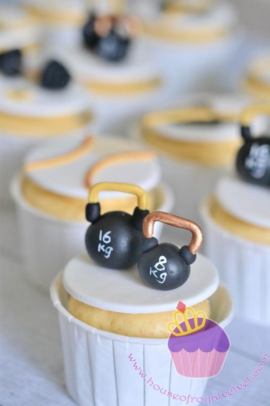 kettlebell cupcakes