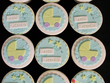 Pram Cupcakes for Axel's Baby Shower