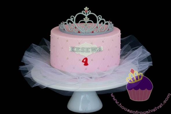 tiara cake