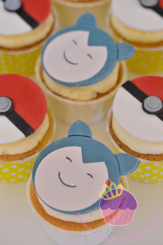 snorlax cupcakes