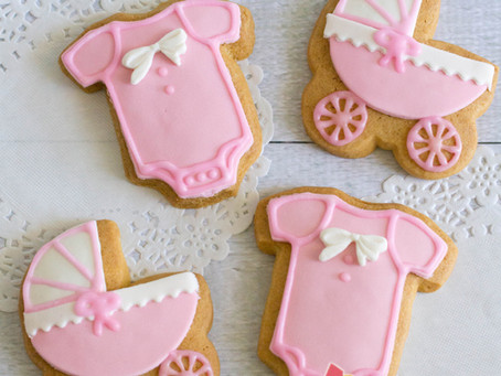 Pram & Onesie Cookie for Baby Shower