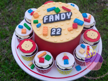 Lego Cake & Cupcakes for Fandy