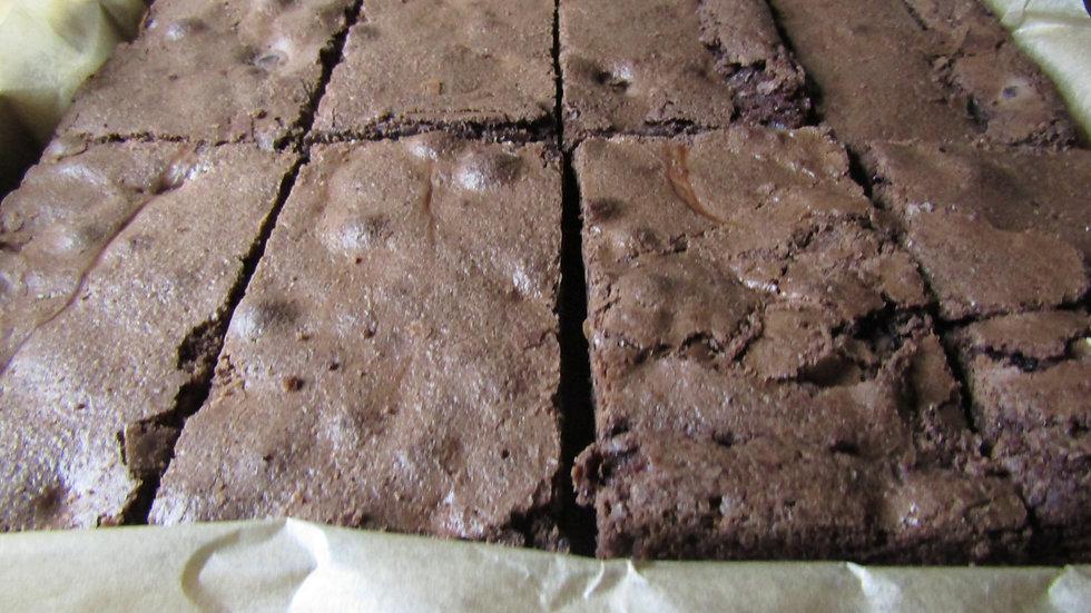 Choc Chunk Brownie Box