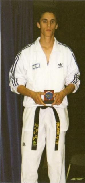 2000-יונתן ול מדליית כסף באליפות בלגיה