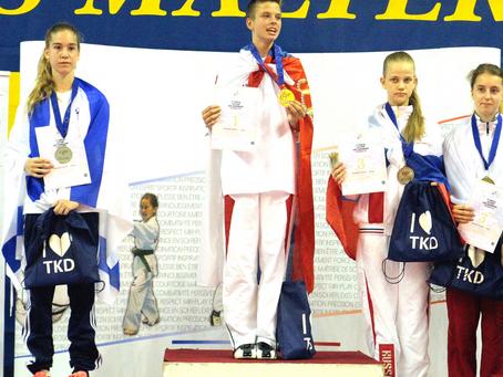 דנה אזרן, מדליית כסף, אליפות אירופה צרפת 2015
