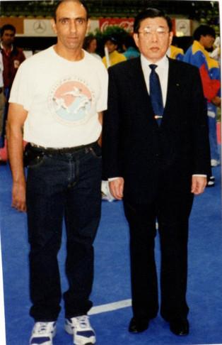 2000-אבי כדורי שופט בינלאומי עם דר קים