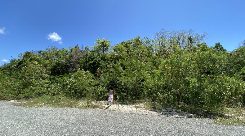 lots los pinos punta cana village.jpg