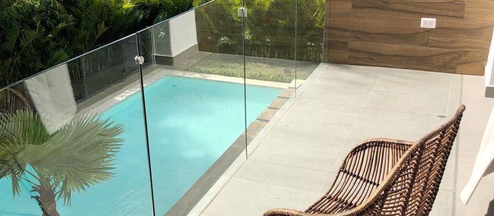Pool view balcon.jpg