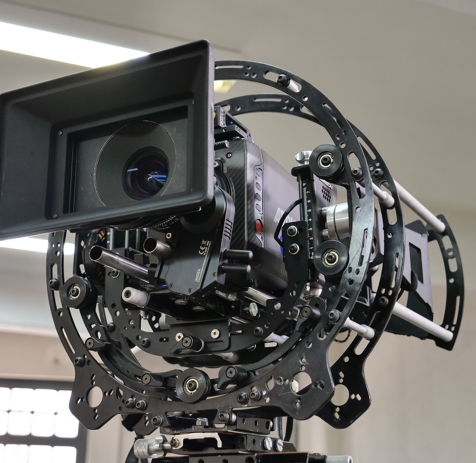 Arri alexa mini on the rotary head of a hybrid steadycam Endless 3 Basson Steady camera stabilizer