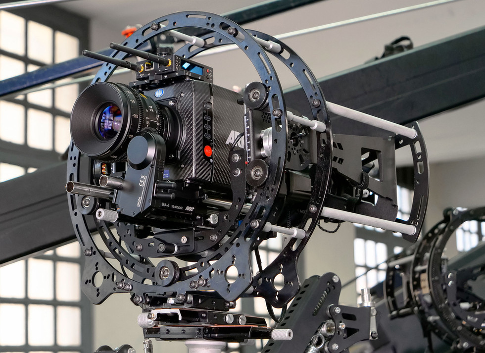 Arri alexa mini on the rotary head Endless 3 and INFINIA 3 side view made by Basson Steady camera stabilizer