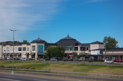 Hudson Plaza Comercial mini shopping mall