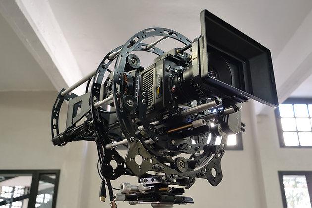Endless Rotary head of Hybrid Steadycam Basson Steady Camera Stabilizer, with Arri Alexa mini camera, 45 degree view