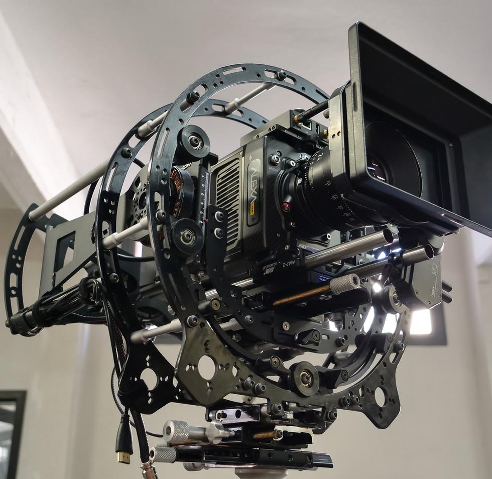 Arri alexa mini on the rotary head of the hybrid steadycam Endless 3 Basson Steady camera stabilizer