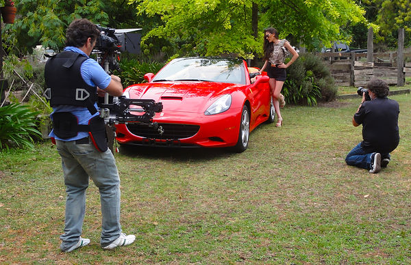 Basson Steady hybrid camera stabilizers model Bumblebee pro6 and sony 4k camera Ferrari California behind the scenes photo 2