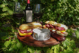 Haras de Charme meals, cheese cold cuts wines & breads