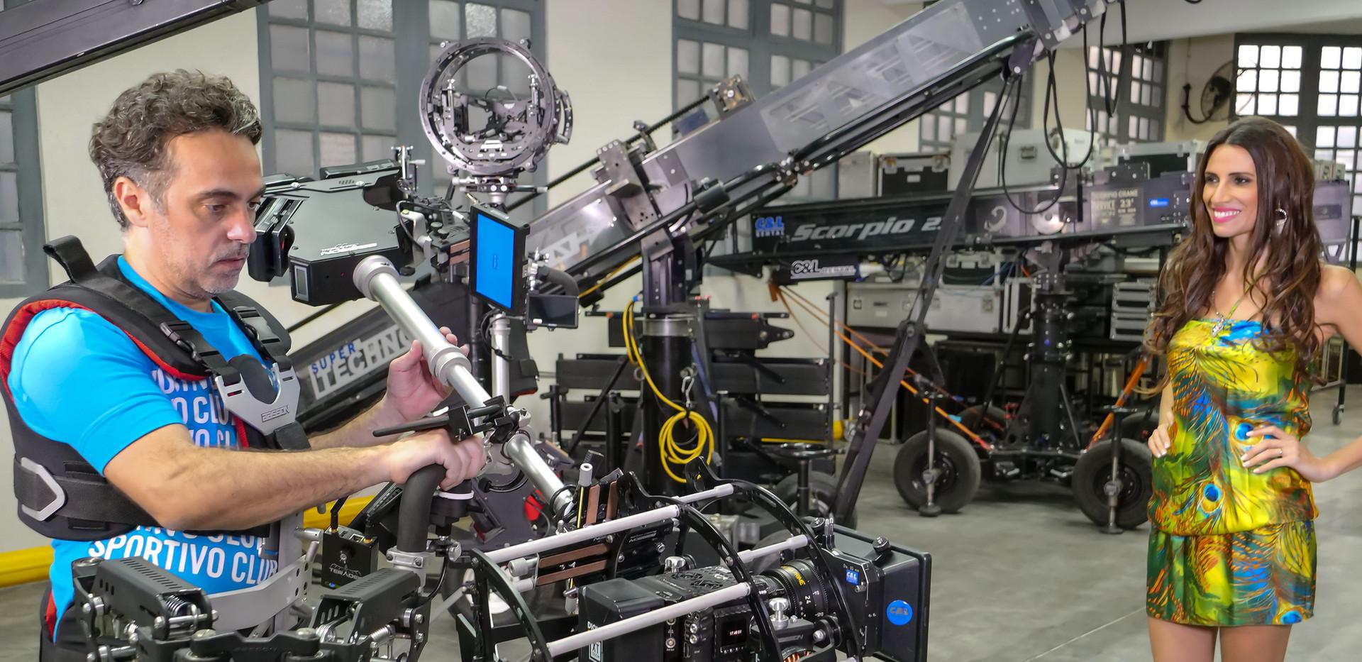 Red digital cinema camera Helium 8k on 8 axis hybrid camera stabilizer steadycam from Basson Steady model Endless 3