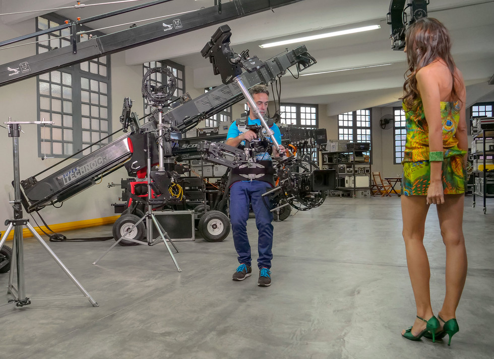 Low mode shoot test with Red camera Helium 8k on Basson Steady model Endless 3 rotary head hybrid camera stabilizer