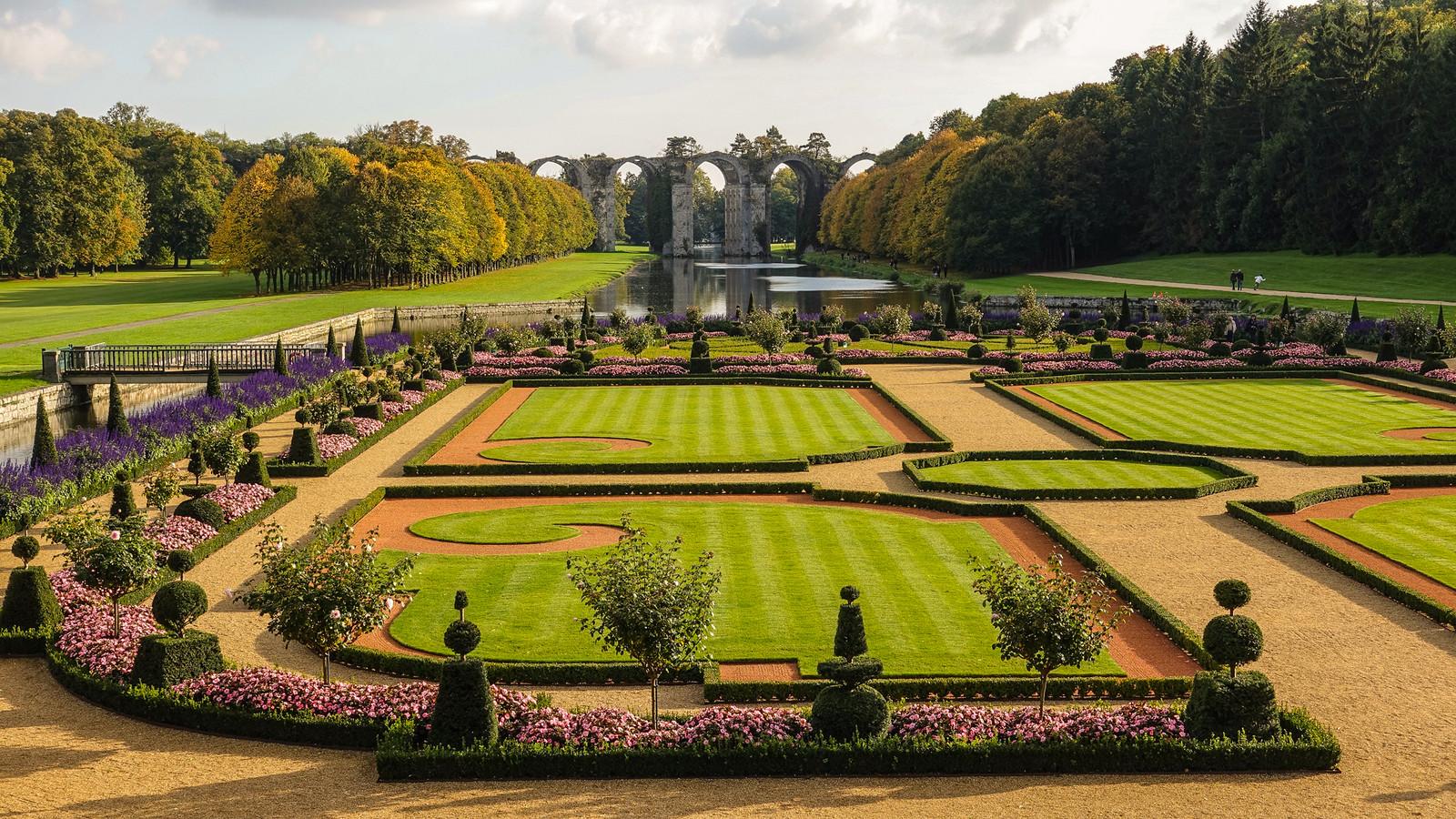 Jardin A La Francaise Du Chateau De Maintenon
