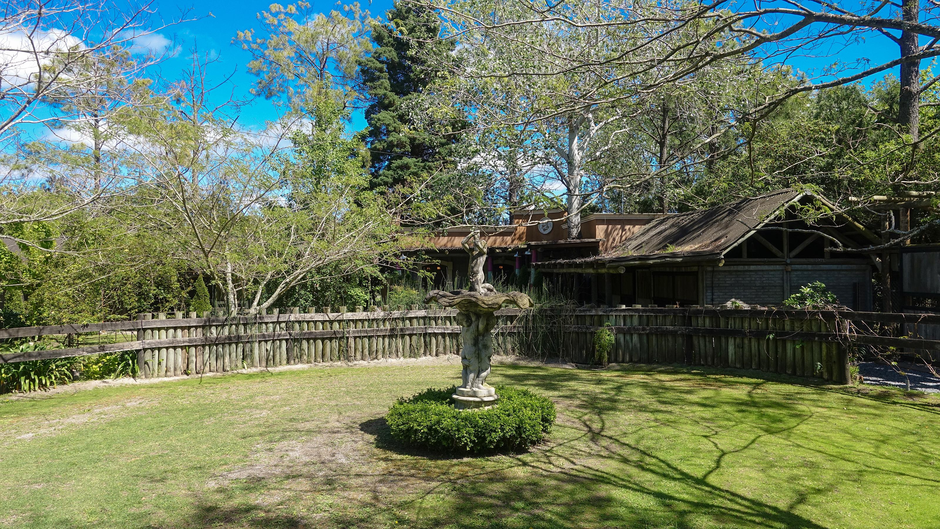 Haras de Charme garden view