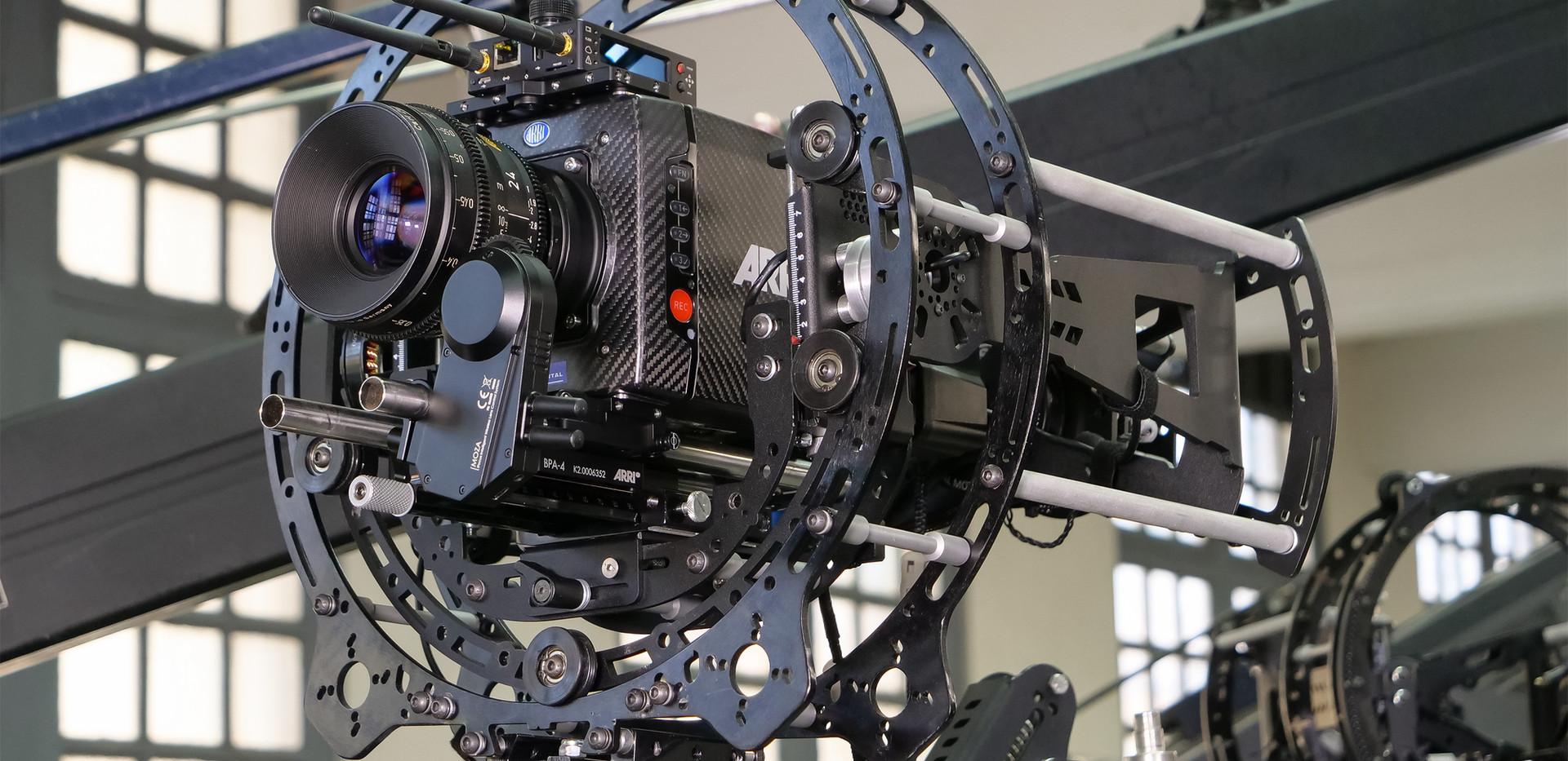 carbon fiber Arri alexa mini on the hybrid steadycam Endless 3 Basson Steady camera stabilizer