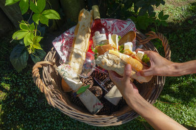 Haras de Charme meals, rose wine & baguettes