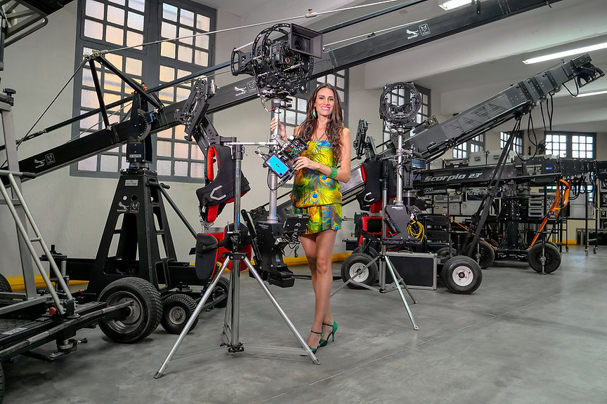 hybrid Steadycam Basson Steady model Endless with Red digital cinema camera8K-2500pixbr.jpg