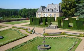 Les Jardins du château de Valmer, se déploient dans un site remarquable