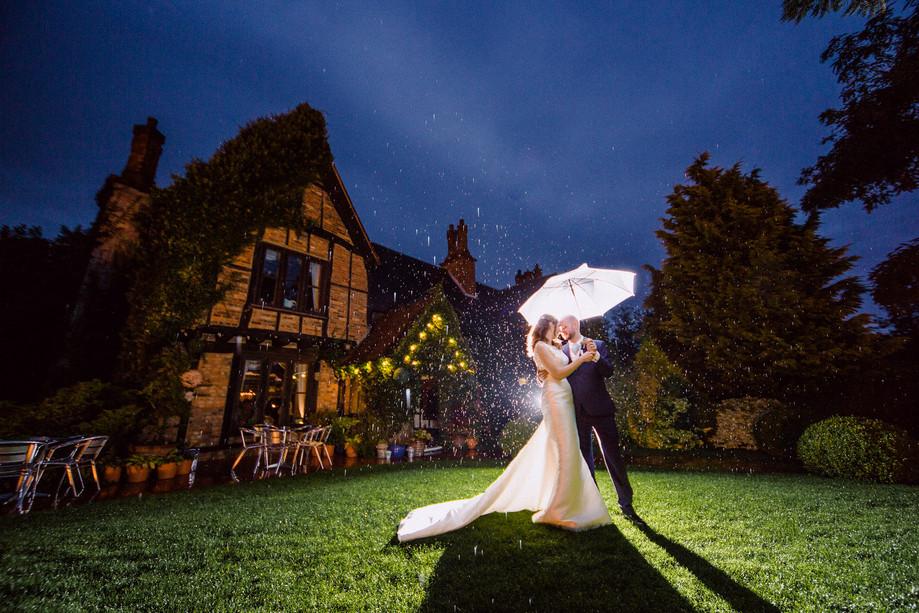 Moreteyne Manor wedding - Sophie & John
